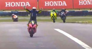 piloto celebra antes de tiempo y pierde la carrera